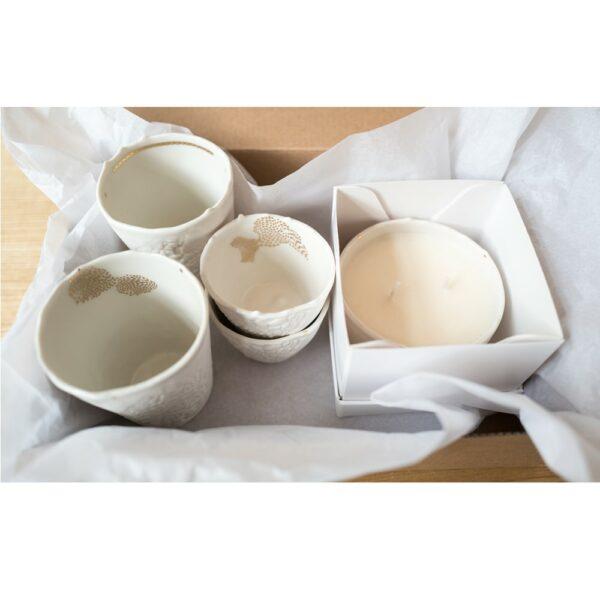 coffret cadeau 2 tasses expresso 2 tasses en porcelaine bougie. Black Bedroom Furniture Sets. Home Design Ideas