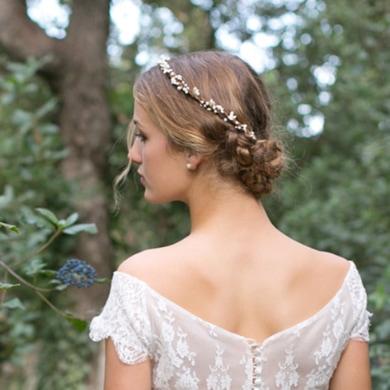 Garantie de satisfaction à 100% meilleur en ligne ordre Dans les cheveux - Couronnes de fleurs, bijoux de tête...