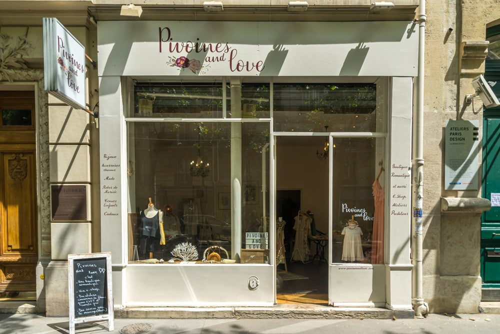 PIVOINES AND LOVE BOUTIQUE MARIAGE PARIS